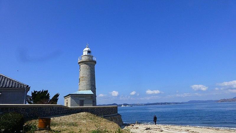800px-Ogijima_Lighthouse_1